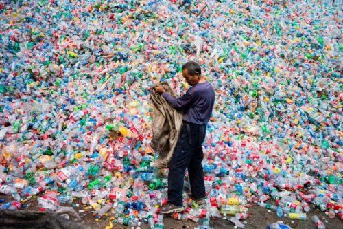 Plastique: Problème écologique-GettyImages-Fred Dufour